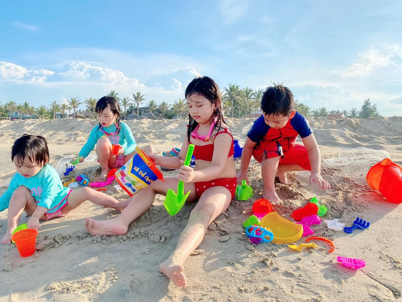 Jennifer Phạm trao học bổng cho học sinh xuất sắc tại Quảng Nam Ảnh 4