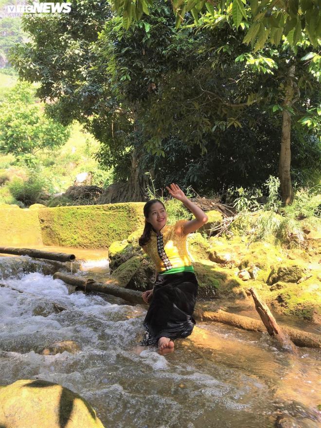 Kỳ lạ con suối chảy qua rừng già có khả năng biến nhiệt ở Mộc Châu Ảnh 7