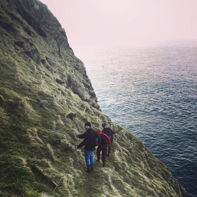 Hòn đảo trơ trọi hút khách vì hiện tượng thiên nhiên hiếm có Ảnh 6