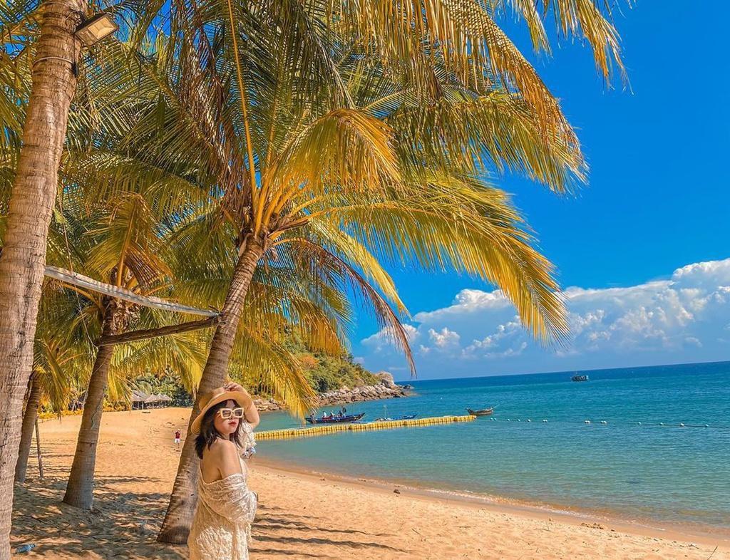 Hè này lập kèo vi vu 4 đảo cù lao tuyệt đẹp ở miền Trung Ảnh 1