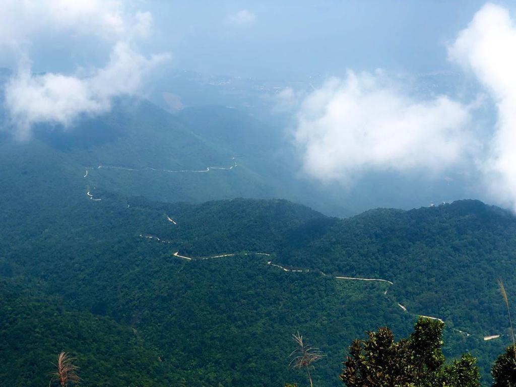Ngắm thác chảy, săn mây trên đỉnh Bạch Mã Ảnh 2