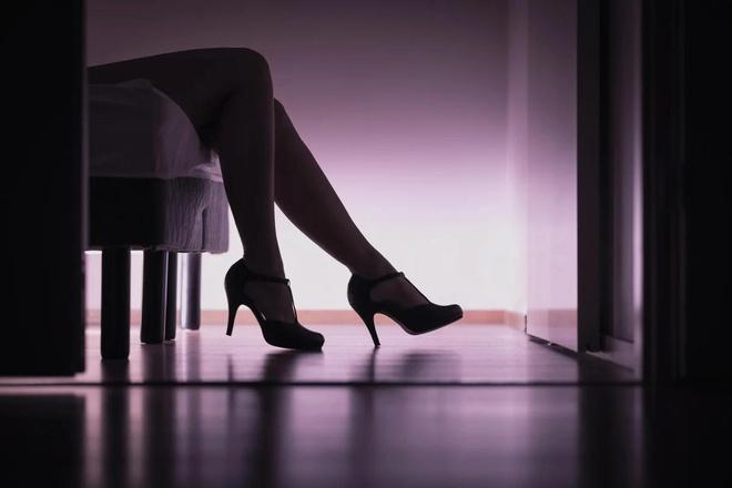 Băng nhóm Hong Kong dùng gái mại dâm giả lừa tình, lừa tiền Ảnh 1