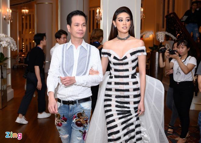 H'Hen Niê và dàn hoa hậu so kè váy áo ở show thời trang Hoàng Hải Ảnh 6