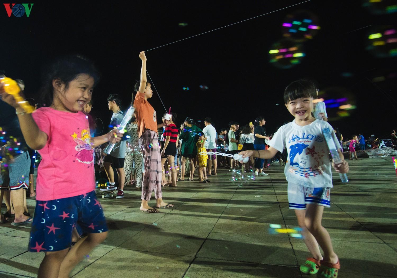 Cánh diều tuổi thơ bên bờ vịnh Hạ Long Ảnh 10