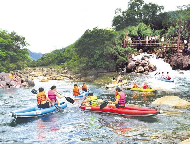 Suối nước Moọc, điểm đến không thể bỏ qua ở Quảng Bình Ảnh 6