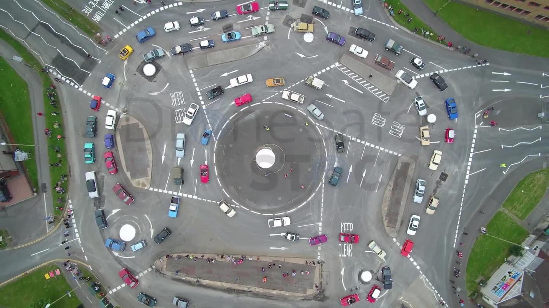 Những giao lộ chằng chịt như mê cung, phức tạp bậc nhất thế giới Ảnh 8