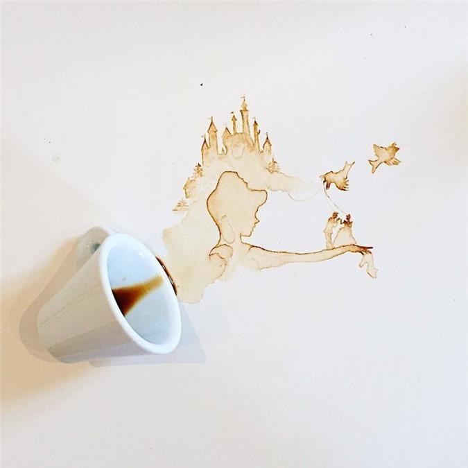 Không thể tin tác phẩm tuyệt đẹp này được vẽ từ trà, cafe đổ Ảnh 18