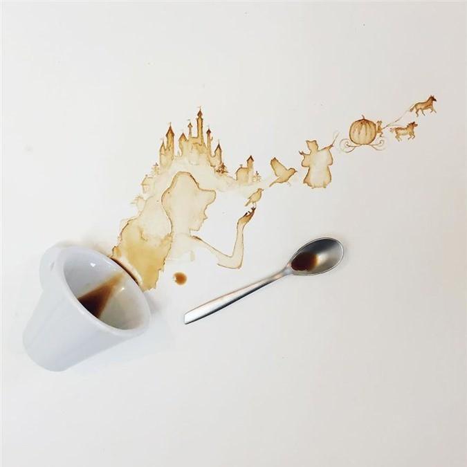 Không thể tin tác phẩm tuyệt đẹp này được vẽ từ trà, cafe đổ Ảnh 7