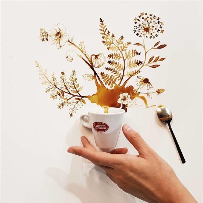 Không thể tin tác phẩm tuyệt đẹp này được vẽ từ trà, cafe đổ Ảnh 6
