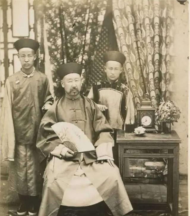 Loạt ảnh chân dung quý tộc cuối triều đại nhà Thanh Ảnh 10