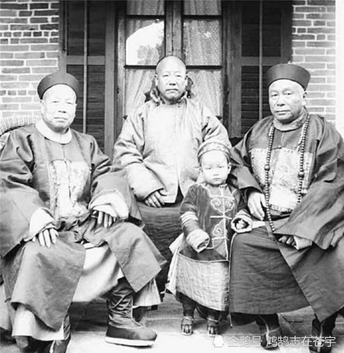 Loạt ảnh chân dung quý tộc cuối triều đại nhà Thanh Ảnh 9