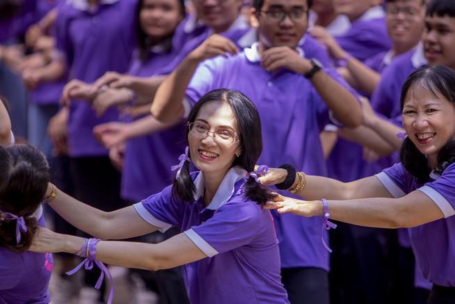 Ngày chia tay cuối cấp của học sinh Trường THPT Trưng Vương Ảnh 9