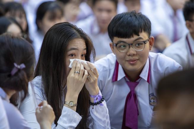Ngày chia tay cuối cấp của học sinh Trường THPT Trưng Vương Ảnh 4