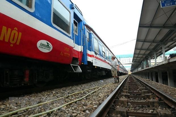 Đường sắt tạm dừng chạy 11 tuyến tàu do ảnh hưởng của dịch COVID-19 Ảnh 1