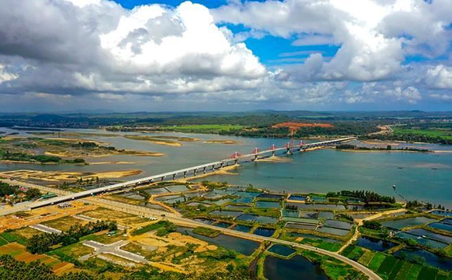 Cây cầu 2.200 tỷ đồng ở Quảng Ngãi được đặt tên mới Cổ Lũy Ảnh 1
