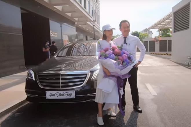 Loạt sao Việt mạnh tay sắm xe sang trong tháng 7 Ảnh 2