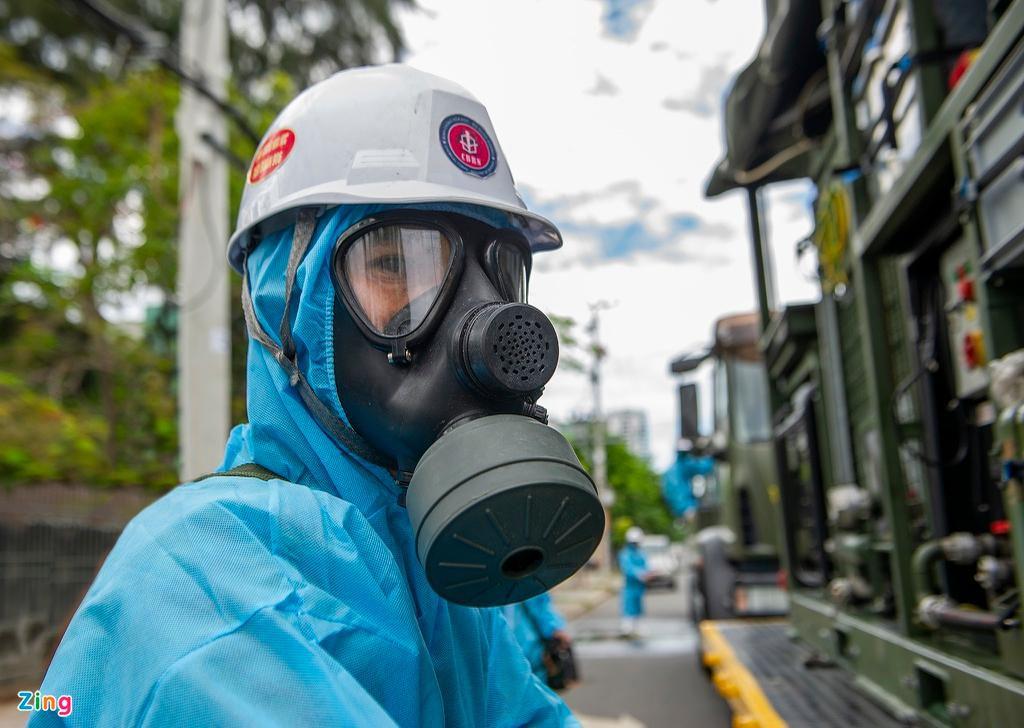 7 xe chuyên dụng trong đợt phun hóa chất quy mô lớn nhất tại Đà Nẵng Ảnh 4