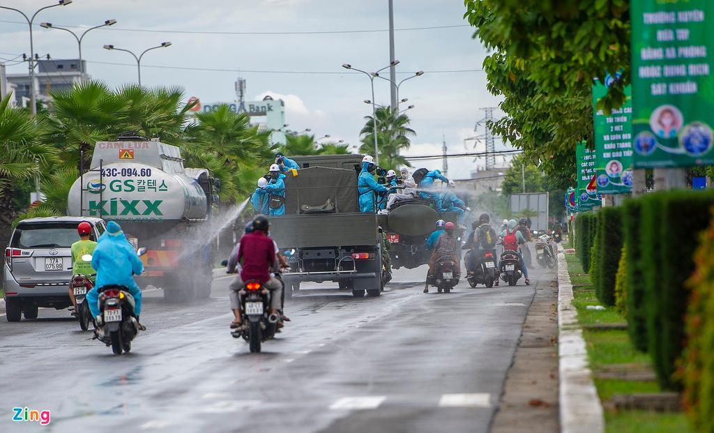 7 xe chuyên dụng trong đợt phun hóa chất quy mô lớn nhất tại Đà Nẵng Ảnh 8