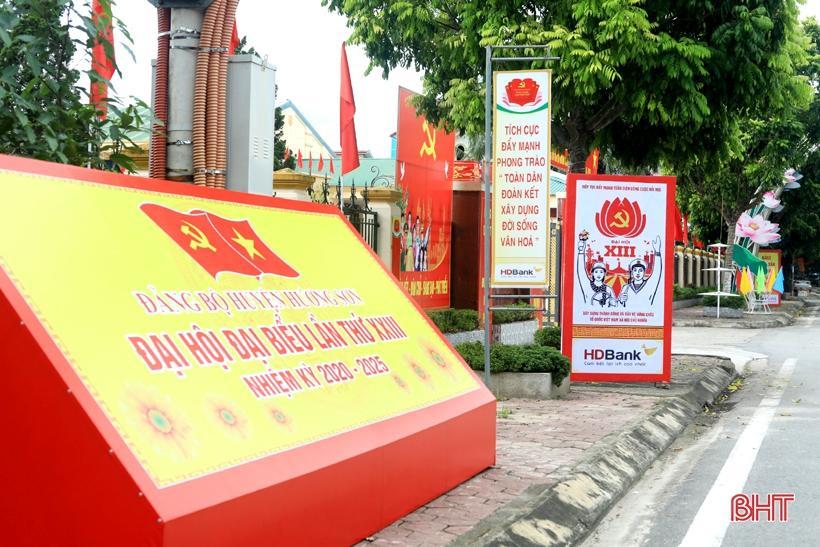 Hương Sơn rực rỡ cờ hoa trước ngày hội lớn Ảnh 10