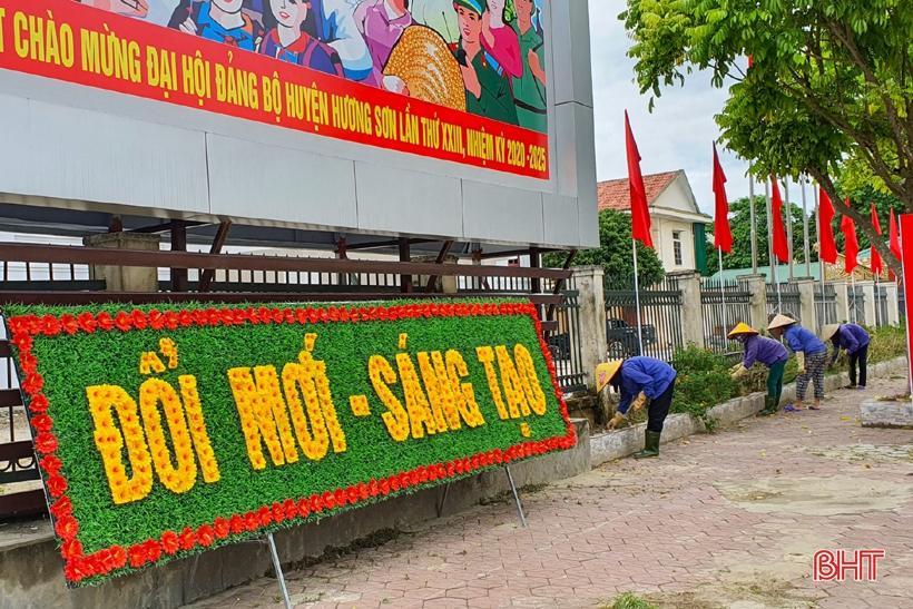 Hương Sơn rực rỡ cờ hoa trước ngày hội lớn Ảnh 5