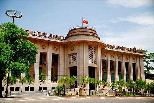 Ngân hàng Nhà nước bất ngờ giảm thêm lãi suất tiền gửi bắt buộc Ảnh 1