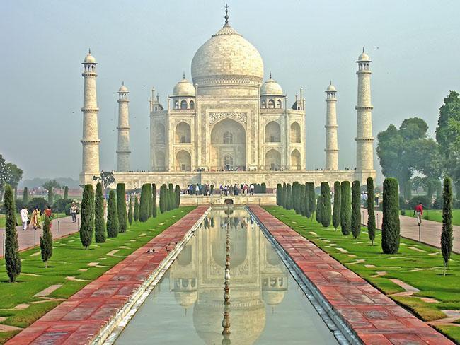 Du khách ngẩn ngơ trước những lăng mộ cổ đẹp và ấn tượng nhất thế giới Ảnh 8