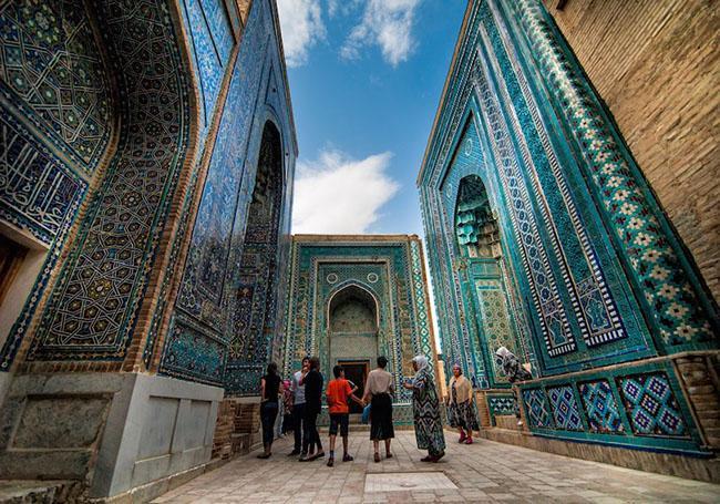 Du khách ngẩn ngơ trước những lăng mộ cổ đẹp và ấn tượng nhất thế giới Ảnh 6