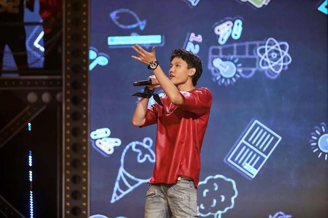 Tập 2 'Rap Việt' lộ diện thí sinh 'cực phẩm' siêu cool ngầu khiến Suboi 'điêu đứng' Ảnh 1