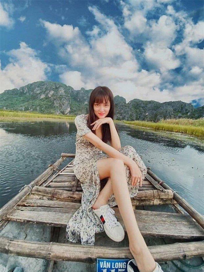 Dung mạo xinh đẹp nhưng Hương Giang vẫn nhiều lần bị 'bóc mẽ' chỉnh ảnh quá đà Ảnh 2