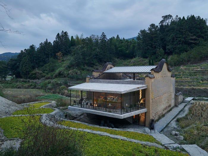Chiêm ngưỡng những hiệu sách có kiến trúc ấn tượng nhất thế giới Ảnh 3