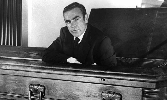 Vinh danh điệp viên James Bond 90 tuổi xuất sắc nhất mọi thời đại Ảnh 3