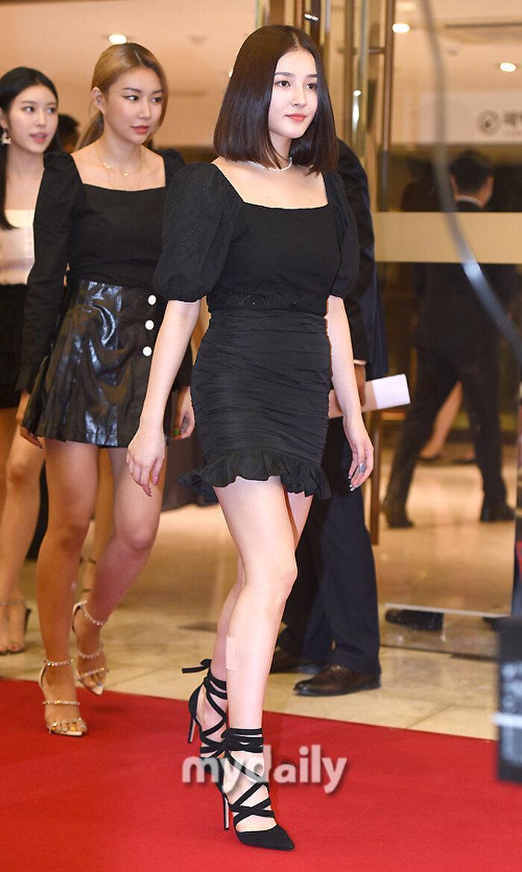 Lễ trao giải 'VHNT 2020': JooE mập lên, Nancy xồ xề như phụ nữ U30 bị Phạm Băng Băng Hàn Quốc áp đảo Ảnh 17