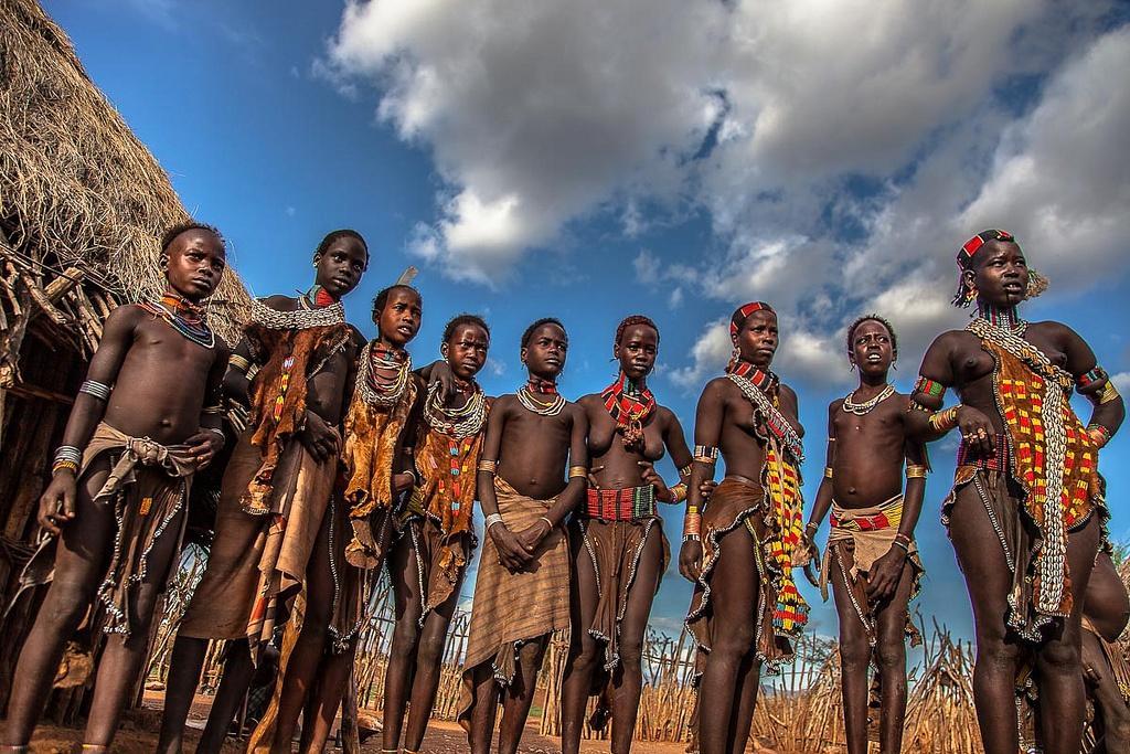 Các bộ lạc châu Phi vẫn sống du mục, tự cung tự cấp Ảnh 5