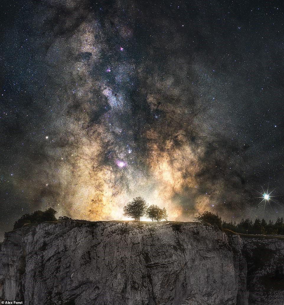 Chiêm ngưỡng vẻ đẹp mê hồn bầu trời đêm đầy sao ở Thụy Sĩ Ảnh 18