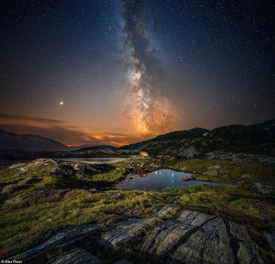 Chiêm ngưỡng vẻ đẹp mê hồn bầu trời đêm đầy sao ở Thụy Sĩ Ảnh 6