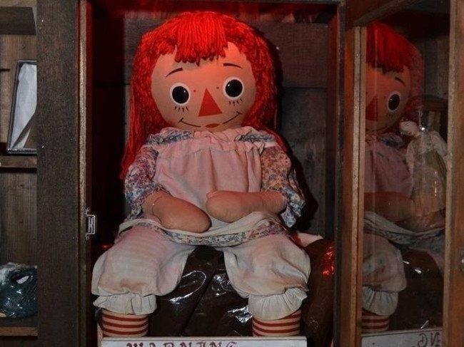 Vì sao búp bê Annabelle lại trở thành nỗi ám ảnh kinh hoàng, khiến nhiều người khiếp đảm? Ảnh 1