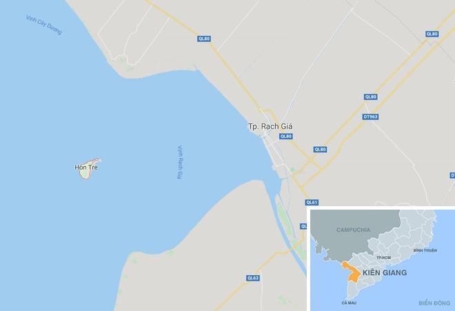 Trụ điện vượt biển bị nghiêng, hơn 1.000 hộ dân chịu ảnh hưởng Ảnh 2