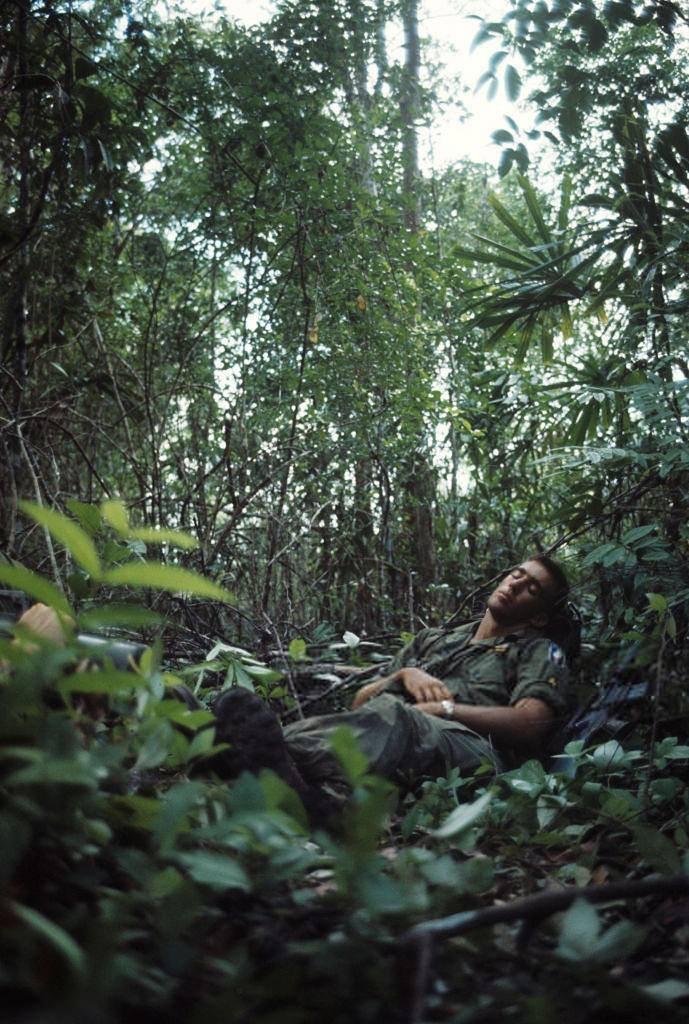 Ảnh độc: Giấc ngủ của lính Mỹ trong chiến tranh Việt Nam Ảnh 6