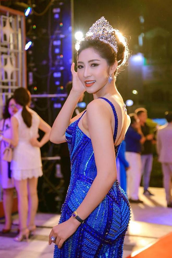 Hoa hậu Đại dương Đặng Thu Thảo sinh đôi Ảnh 1
