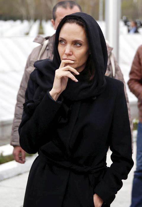 Amber Heard mặc không phù hợp khi đến nhà thờ Hồi giáo Ảnh 2