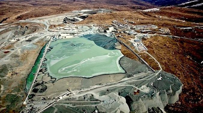 Thợ mỏ châu Phi đào được viên kim cương lớn nhất năm Ảnh 2