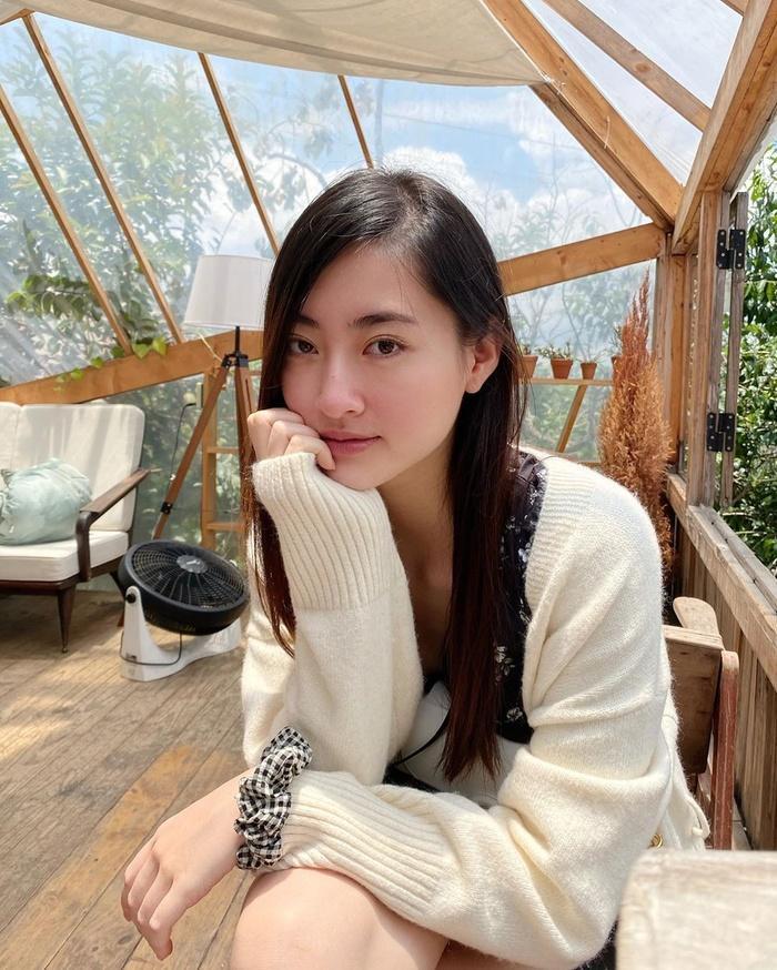 Khánh Vân - Kim Duyên 'bật chế độ ngầu', cuốn hút với streetstyle cá tính Ảnh 12