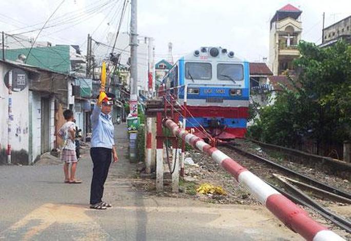TP HCM: Sẽ xử nghiêm các vi phạm liên quan đường sắt Ảnh 1