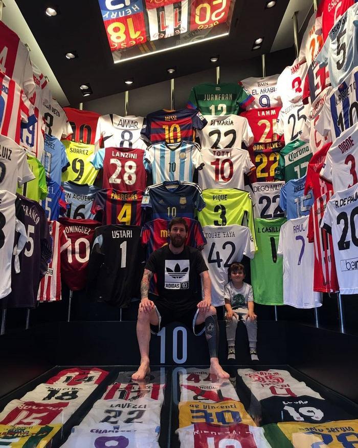 Rời Barcelona, Messi sẽ phải tạm chia tay cuộc sống của một ông hoàng Ảnh 6