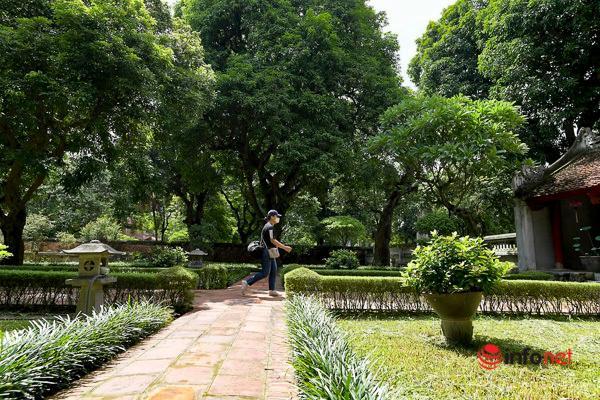 Các địa danh du lịch ở Hà Nội vắng khách ngày cuối tuần Ảnh 9