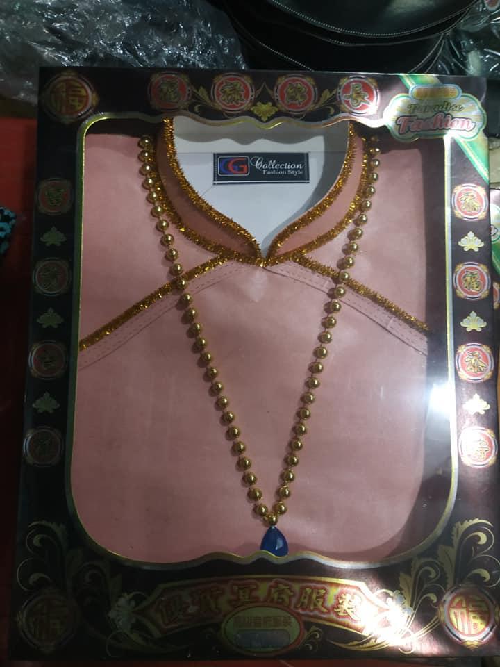 Theo mẹ đi mua vàng mã Rằm Tháng 7, cô gái bất ngờ chia sẻ loạt ảnh khiến dân tình thực sự choáng Ảnh 4