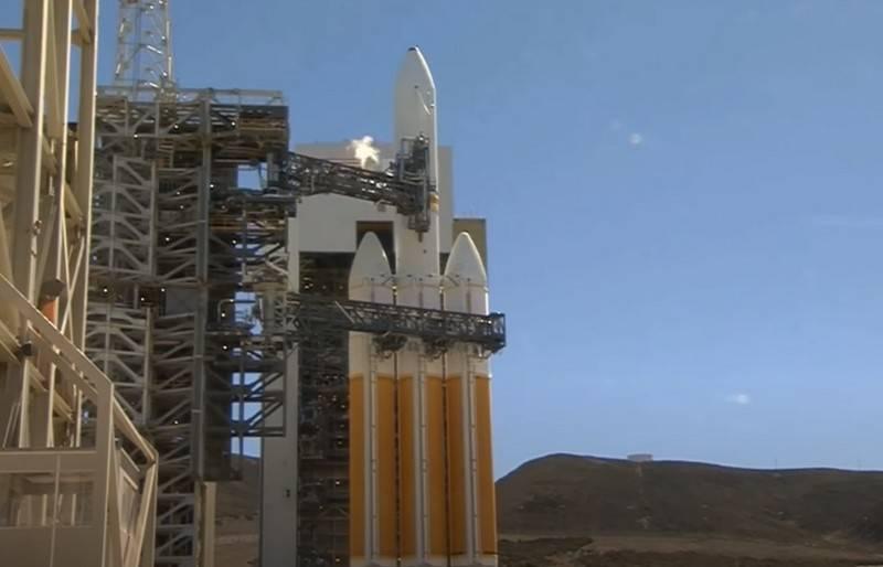Vụ phóng tên lửa Delta IV với vệ tinh bí mật của Mỹ bị hủy Ảnh 1