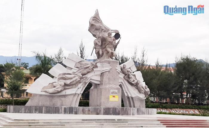 Hoàn thành công trình Tượng đài Khởi nghĩa Trà Bồng và miền Tây Quảng Ngãi Ảnh 1