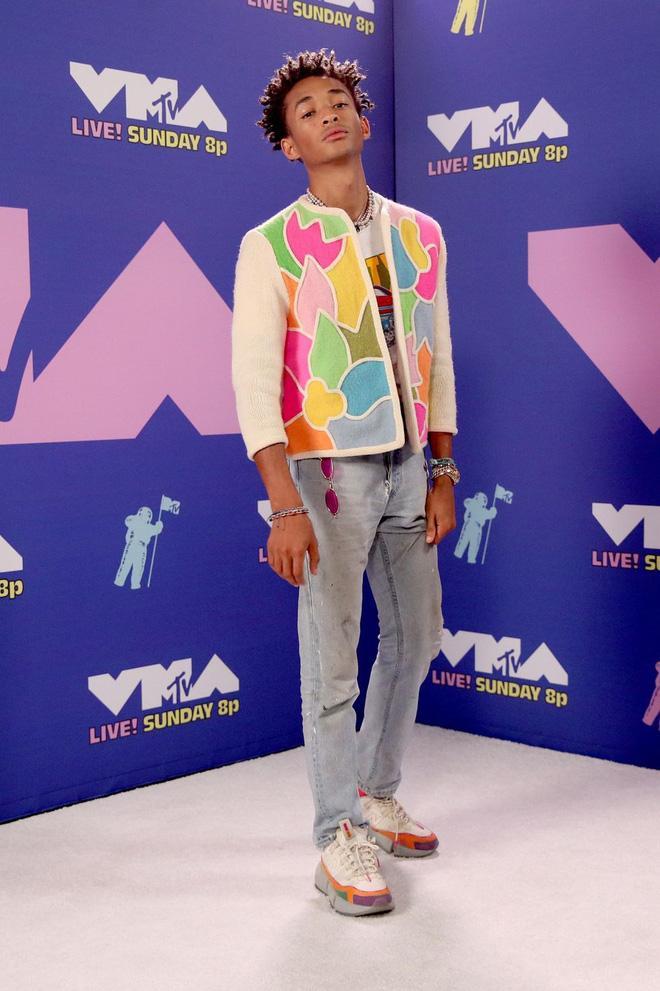 Loạt sao mặc 'bốc' nhất VMAs 2020 Ảnh 10