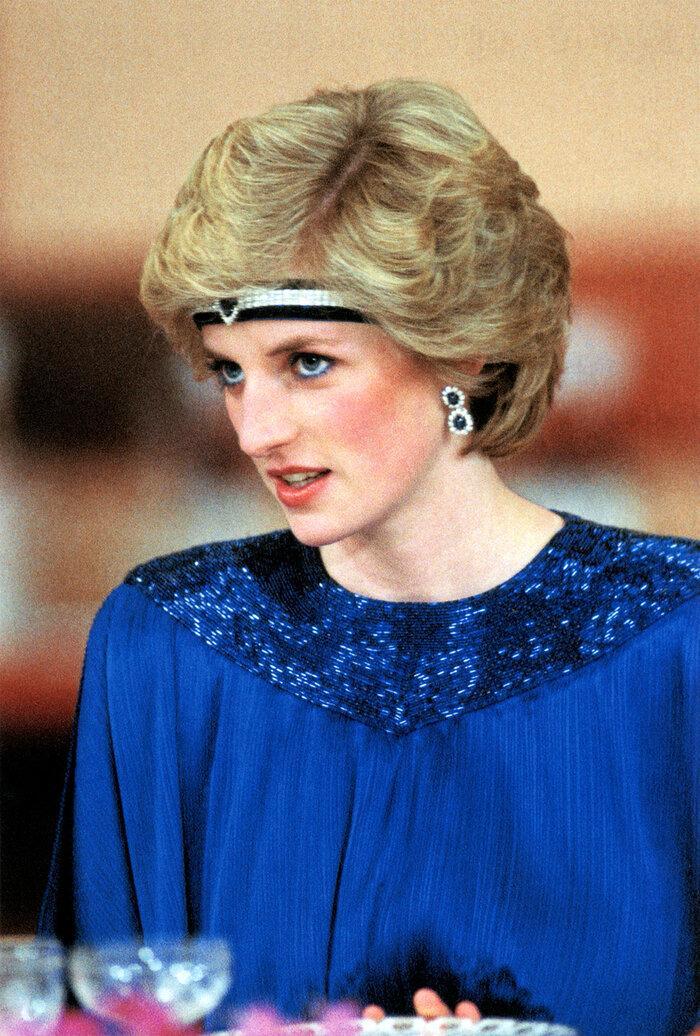 9 bí quyết thời trang tạo nên phong cách thanh lịch của phụ nữ hoàng gia Ảnh 9